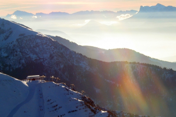 Les 7 laux l appel de la montagne et de la glisse - Office du tourisme grenoble ...