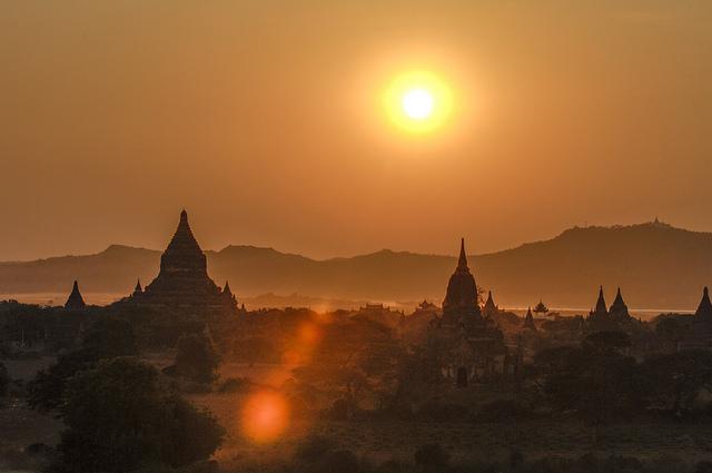 Bagan, au royaume des pagodes