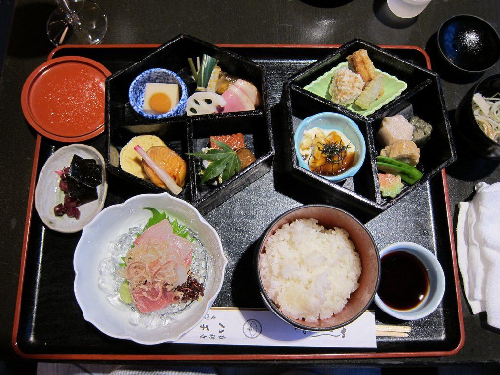 ©Nullumayulife Japanese cuisine Shokado bento