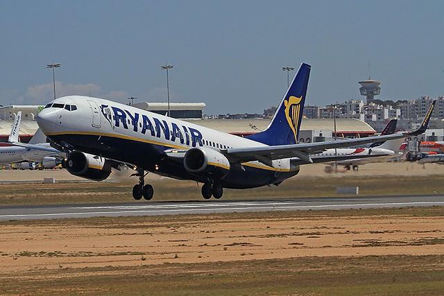 Location de voiture à l'aéroport de Faro :  les meilleures agences
