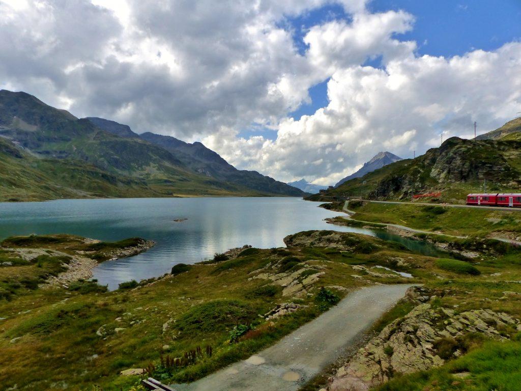 Suisse: Prenez place à bord du Bernina Express