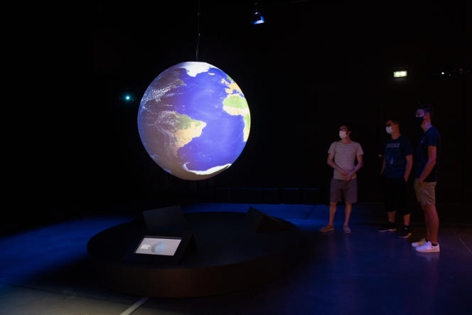Vue de l'exposition « La Terre en héritage » au Musée des Confluences. BERTRAND STOFLETH / MUSEE DES CONFLUENCES